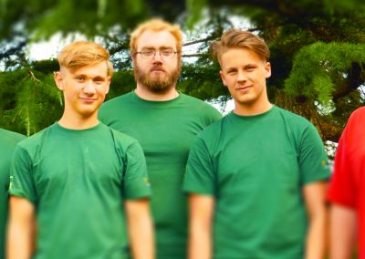 Neue Azubis 1. Lehrjahr: David Kursawe, Lasse Fretz, Jannik Jaenisch, Justin Joksch mit Ausbilder Sebastian Bockholt (v.l.n.r)